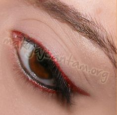 Red eyeliner.