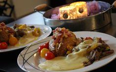Bakt potet med smårettbacon og biffsnadder Beef, Pepper, Food, Meat, Meals, Ox, Yemek, Eten, Steaks