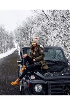 trendy winter outfits to help to level up your winter style 16 ~ my.easy-co. trendy winter outfits to help to . Winter Outfits For Teen Girls, Simple Winter Outfits, Winter Boots Outfits, Winter Dresses, Fall Outfits, Outfit Winter, Fashion Outfits, Fashion Ideas, Travel Outfits