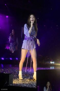 Yoona, Snsd, Kpop Girl Groups, Kpop Girls, Stage Outfits, My Forever, Beautiful Legs, Girls Generation, Asian Beauty