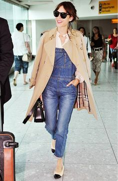 what to wear to fly, airport outfit, alexa-chung-trench-coat-overalls-chanel-ballet-flats-airport-via-whowhatwear Alexa Chung Style, Overalls Outfit, Denim Overalls, Overalls Women, Dungarees, Denim Fashion, Girl Fashion, Fashion Outfits, Fashion Ideas