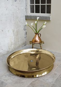 Traditional roll top baths made from copper, cast iron and brass, complemented with our range of bathroom accessories. Copper Bath, Cast Iron Bath, Roll Top Bath, Wet Rooms, Beautiful Homes, Brass, Traditional, Interior Design, Table