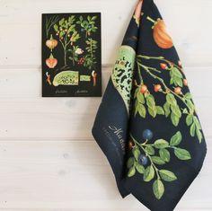IS101628 Kansakoulutaulukeittiöpyyhe, Mustikka - Taito Shop Kitchen Towels, Floral Tie, Greenery, Retro, Tableware, Inspiration, Vintage, Design, Nice Things