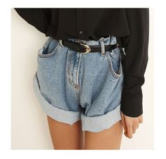 However, this time we want to discuss the high-waisted shorts denim outfit. This type of clothing would display your waistline and legs well. It's because denim offer comfort, durability, versatility and fashion, all in one. Mom Jeans Shorts, Baggy Shorts, All Jeans, Belted Shorts, Jean Shorts, Jeans Belts, Denim Belt, Denim Blouse, Boyfriend Shorts