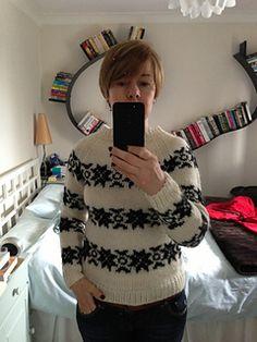Ravelry: The Killing Snowflake Sweater in Sandnes Alfa pattern by SKD Yarns Knit Crochet, Crochet Sweaters, Ravelry, Snowflakes, Christmas Sweaters, Free Pattern, Knitting Patterns, Yarns, Wool