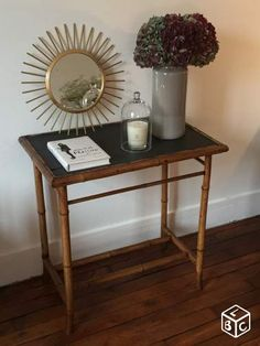 Petit meuble en rotin chic vintage meuble rotin poser for Petite table d entree