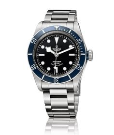 La montre Heritage Black Bay de Tudor http://www.vogue.fr/vogue-hommes/montres/diaporama/horlogerie-montres-homme-bale-baselworld-2014/18294/image/992929#!montre-tudor-heritage-black-bay-bale-baselworld-2014