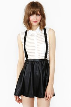 Rockus suspender skirt