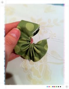 how to sew fabric flowers; good way to use up those fabric scraps and more embelishments for my cards!