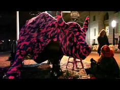 El toro de Wall street con abrigo de crochet / ganchillo