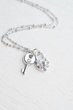 skeleton key necklace,locket and key necklace,key to my heart necklace,skeleton key,key necklace,love jewelry,rhinestones necklace,romantic necklace,i love you necklace