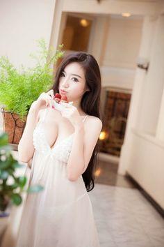 Elly Tran: sexy teen | Asian Girl