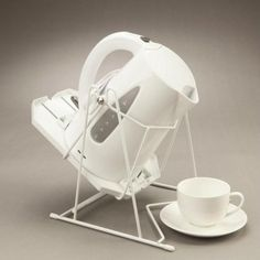 Cordless Kettle Tipper- now you can pour boiling water safely!
