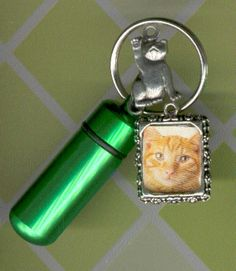 T5,KeyChain Urn,Pet Urn,Feline,Cat,Dog,Cremation Urn
