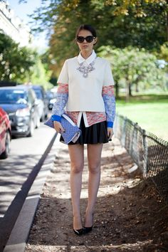 See all the street style looks from Paris Fashion Week Spring Star Fashion, Paris Fashion, Love Fashion, Womens Fashion, Fashion Trends, Street Fashion, Fall Fashion, Spring Street Style, Street Style Looks