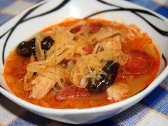 Pikantná kapustnica Thai Red Curry, Ethnic Recipes, Food, Recipes, Essen, Meals, Yemek, Eten