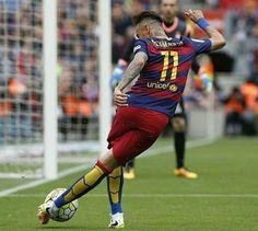 Neymar doing Neymar things
