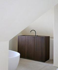 bathroom by benoit viaene