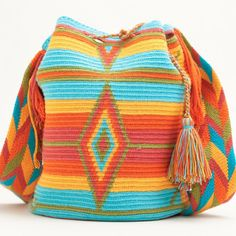 Not crochet, but love the colors. Mochila Crochet, Bag Crochet, Crochet Handbags, Crochet Purses, Love Crochet, Crochet Stitches, Hippie Bags, Boho Bags, Crochet Capas