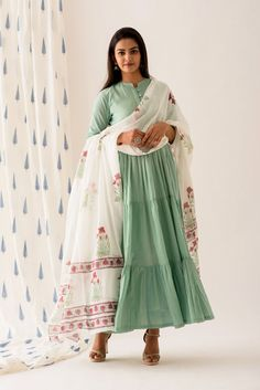 Mint Green Buttoned Tiered Long Dress Mint Maxi Dresses, Green Midi Dress, Summer Dresses, Pakistani Fashion Casual, Indian Fashion, Simple Kurti Designs, Indian Look, Stylish Dresses For Girls, Ethnic Outfits