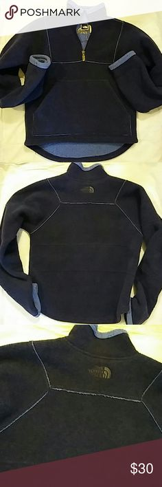The North Face Fleece Pullover Top Sz XS Women's XS..Preowned The North Face Tops Sweatshirts & Hoodies