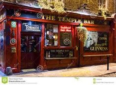 The Temple Bar at night. The Temple Bar pub is the most famou , Whisky Bar, Cigars And Whiskey, Pub Design, Restaurant Design, Vinyl Cafe, Pub Sheds, Irish Bar, Temple Bar, Dublin