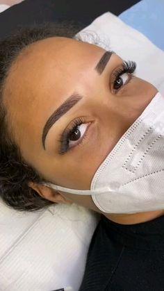 Mircoblading Eyebrows, Eyebrows Goals, Natural Eyebrows, Eyelashes, Eye Brows, Eyebrow Makeup Tips, Permanent Makeup Eyebrows, Eye Makeup, Eyebrow Design