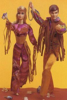 Barbie and Ken get Mod! Live Action Barbie and Ken 1971 Barbie Und Ken, Play Barbie, Barbie Life, Barbie World, Barbie Sets, Barbie Family, Ken Doll, Barbie Accessories, Barbie Clothes