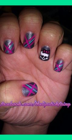 Monster High Nails   Melissa D.'s Photo   Beautylish -not a fan of skulls but this is a cute nail design . Yani would love this!