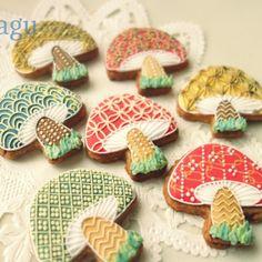 Fancy fungi!    cookies    magucookies