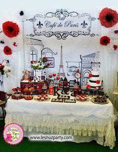 Mesa dulce temática París - Paris themed dessert table Lesnuzparty                                                                                                                                                                                 Más