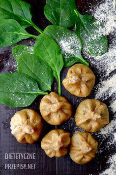 pełnoziarniste pierogi ze szpinakiem i serem feta - 34 kalorie w jednym