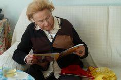 """15 de marzo de 2014. Mujer que lee. """"Punto de lectura"""". http://wp.me/P2yR3G-ys"""