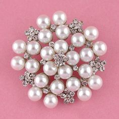 Amazon.com: UGE Fashion Ladies Girls Brooches Flashing Rhinestones Crystals Pearls Flower Petals Leaves Brooches Pin Clips All-match Clothing Accessories Suitable for Any Occasions