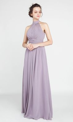 Long Chiffon Bridesmaid Dress with Halter Neckline#wedding #weddinginspiration #bridesmaids #bridesmaiddresses #bridalparty #maidofhonor #weddingideas #weddingcolors #tulleandchantilly