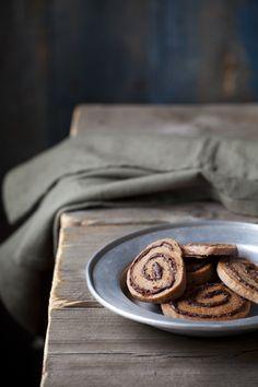 Galletas espiral de chocolate, frambuesa y mantequilla
