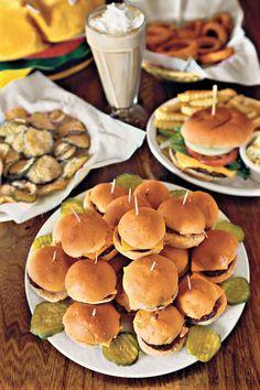 kaelin's mini cheeseburger platter