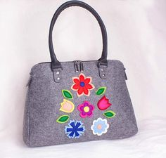 Women floral purse Womens messenger bag Felt tote bag Handbag Womens Messenger Bag, Shoulder Bag, Tote Bag, Purses, Floral, Home, Shoulder Bags, Tote Bags, Florals