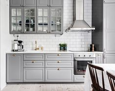 44 Magnificient Ikea Kitchen Design Ideas For Home To Try - Most Ikea customers are already familiar with the planner tools that Ikea provides. Ikea planner tools gives you a chance to become an Interior Design. Kitchen Layout, Home Decor Kitchen, Kitchen Decor, Kitchen Remodel, Kitchen Design Small, Home Kitchens, Kitchen Design, Kitchen Interior, Ikea Kitchen Design