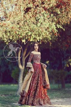 New Wedding Dresses Pakistani Bridal Lehenga Beautiful Ideas Indian Bridal Wear, Pakistani Wedding Dresses, Pakistani Outfits, Indian Dresses, Indian Outfits, Wedding Gowns, Desi Wedding, Pakistani Couture, Estilo India