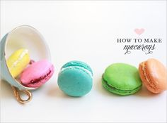 Tutorial recipe: How to make macarons. Receta: cómo hacer macarons. www.sistersactboulevard.com