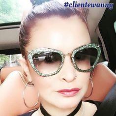 As mais belas clientes são as das Óticas Wanny! ♥ #linda #clientewanny #miumiu #oculos #glitter #verde #compreoseu #compreonline #oticaswanny