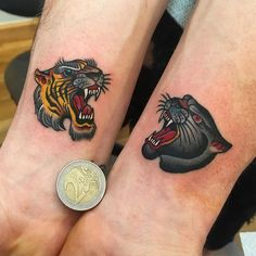Kleine traditionelle Tattoos: großartige Old-School-Tattoo-Ideen - beste Ta. - Kleine traditionelle Tattoos: großartige Old-School-Tattoo-Ideen – beste Tattoo-Ideen – K - Trendy Tattoos, Small Tattoos, Tattoos For Guys, Cool Tattoos, Tatoos, Tiger Head Tattoo, Big Cat Tattoo, Jaguar Tattoo, Black Panther Tattoo
