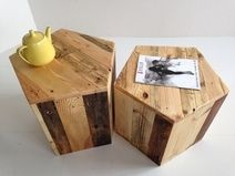 Set Pentagon Couchtisch, 2 Stück, Beistelltisch Love these Germany made pentagon end tables made from pallets