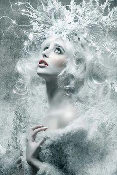 The image of snow queen Snow Queen, Ice Queen, Fantasy Magic, Fantasy Art, Fantasy Queen, Fantasy Warrior, Winter Thema, Photo Portrait, Portrait Photography
