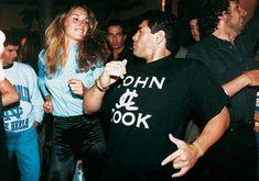 Es viernes, Diego. #EsViernesYDiegoLoSabe Diego Armando, Soccer Players, Cristiano Ronaldo, Continents, Barcelona, Jello Biafra, People, Sport, Pitch