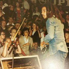 *Bob Marley & The Wailers* Exodus Tour 1977. More fantastic pictures, music and videos of *Bob Marley* on: https://de.pinterest.com/ReggaeHeart/ ©Kate Simon @bobmarleyarchive