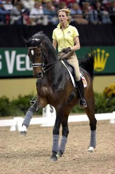 Dressage Training with Jane Savoie - How to get the correct canter lead every time | Horsetalk - articles on riding and safety with horses