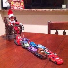 The Best DIY and Decor Place For You: Elf on the Shelf ideas.Nice idea for Christmas Decoration