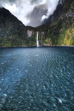 New Zealand (So Beautiful)